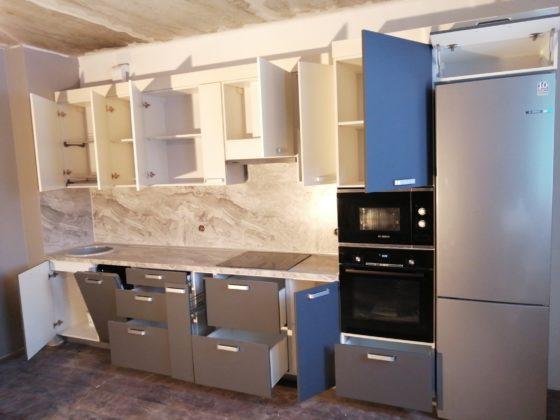 Кухня матовый графит - открытые ящики